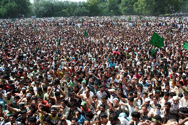 Nehru is Villain of Kashmiris: Prem Nath Bazaz